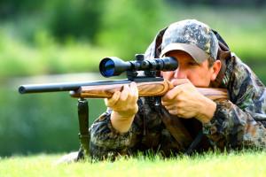 Охотник ружье